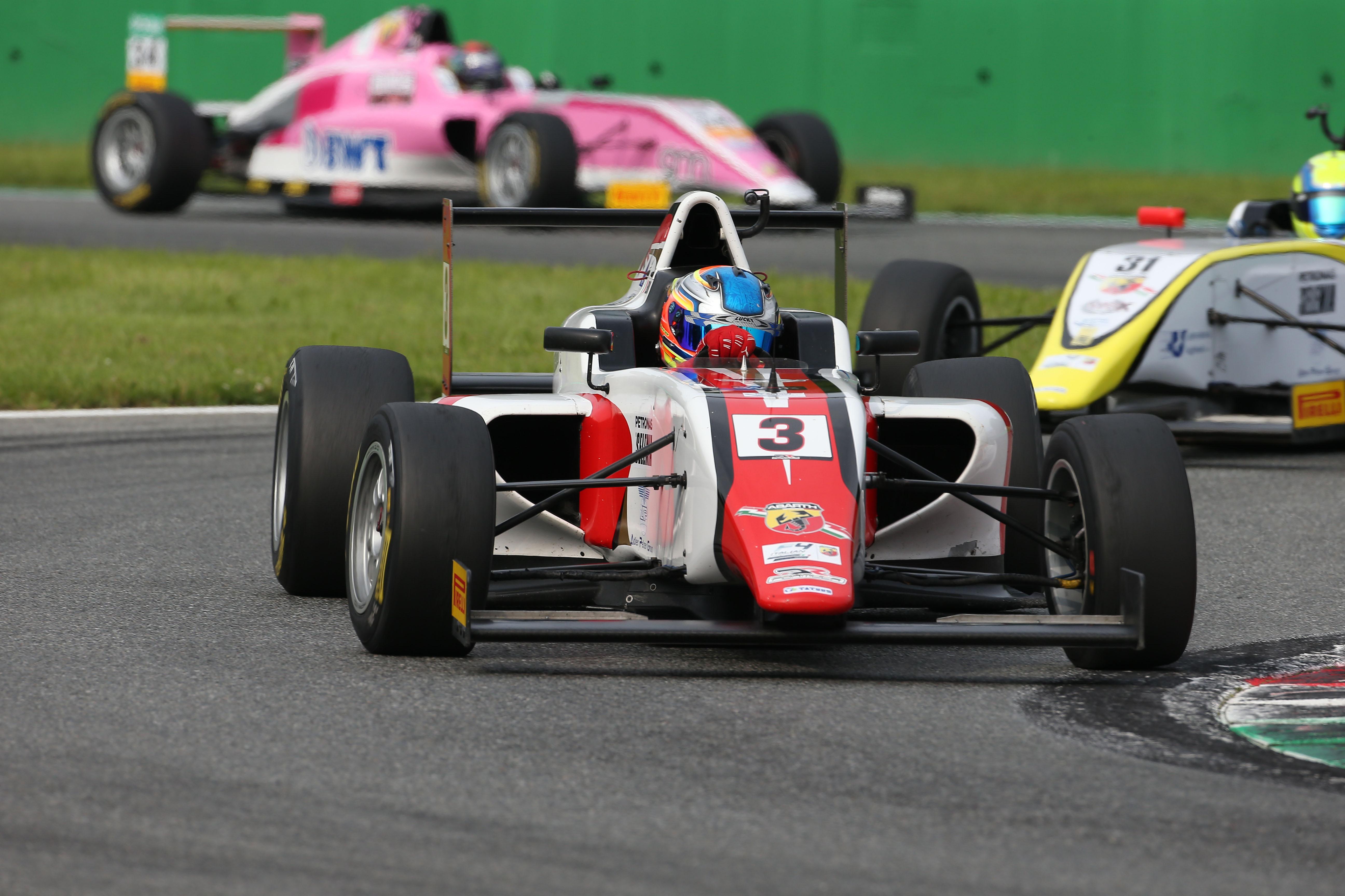Morricone conquista la top 10 nella F4 italiana a Monza
