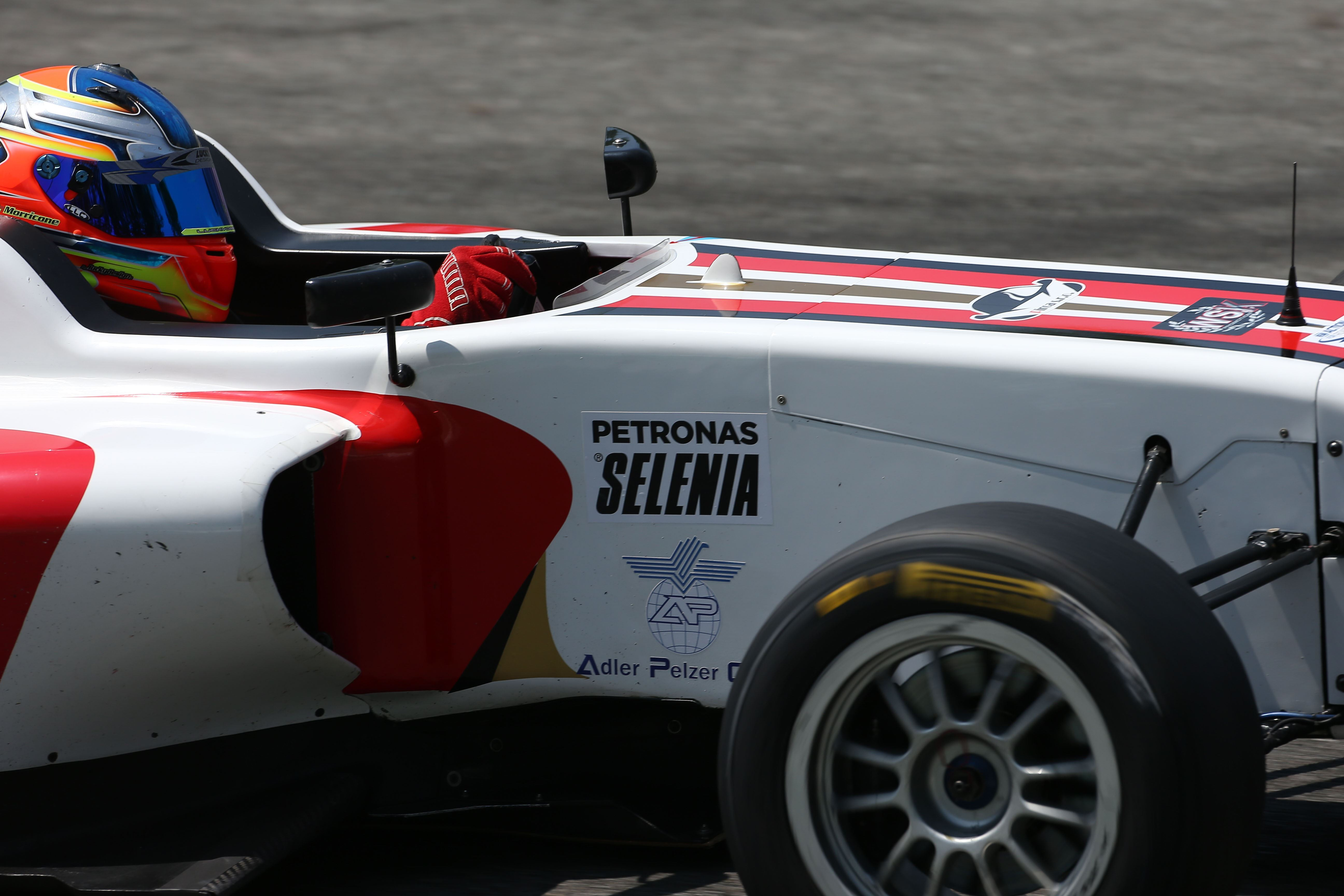 Morricone grabs rookie podium in Monza F4 races